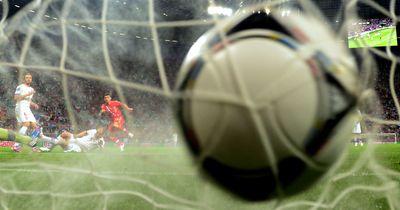 Fußballer stehen Kopf: Fünfter Aufstieg in Folge