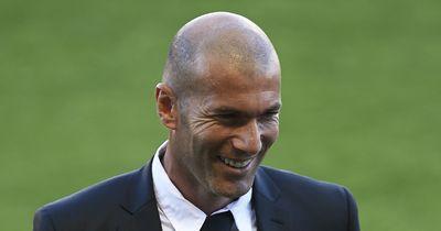 VIDEO | Zinedine Zidane blamiert Torhüter mit seinen Skills in aller Öffentlichkeit!