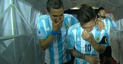 Lionel Messi und di Maria verspotten ihren Trainer!