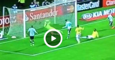 Video: Messi ist doch nur ein Mensch