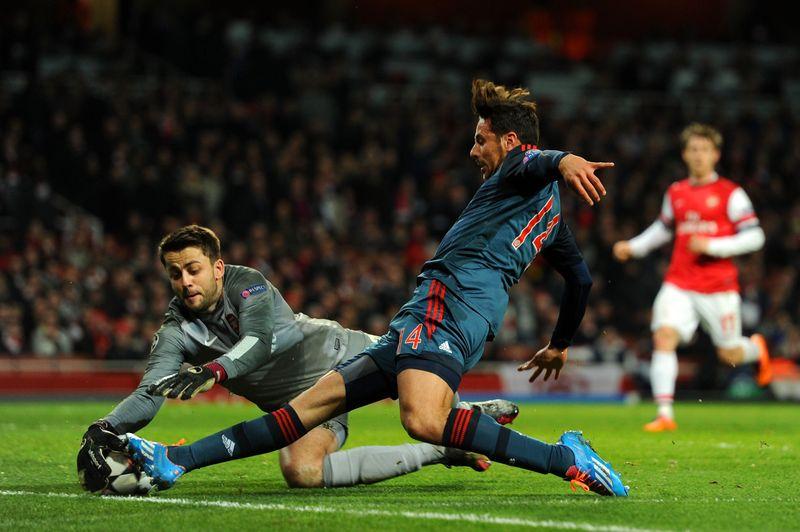 Transfergerüchte:  Stehen Farfan und Pizarro kurz vor einem Wechsel?