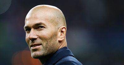 Enthüllt! Die Traumelf der Fußballlegende Zinedine Zidane!