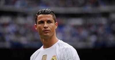 Ronaldo gönnt sich diesen neuen geilen Ferrari!