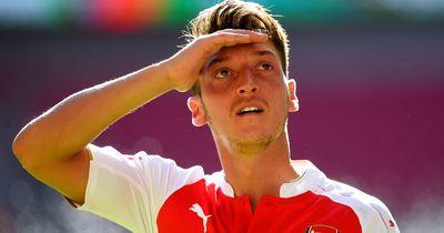 Özil bricht legendären Premier League Rekord!