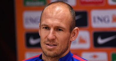 Douglas Costa und Arjen Robben im Interview!