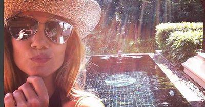 Das sind die heißesten Selfies von Spielerfrauen unserer Bundesliga-Stars