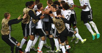 Das posteten die Spieler nach dem Elfmeterkrimi zum Deutschlandspiel: