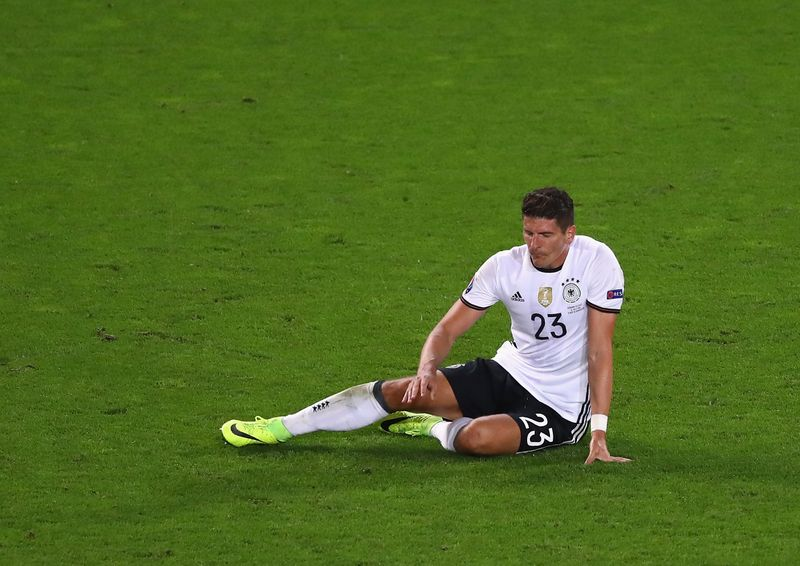Nicht Gomez: Barca im Wettbieten um Suarez-Backup