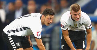 Matthäus kritisiert Özil und Kroos