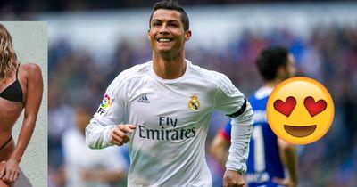 Neue Freundin? Cristiano Ronaldo vergnügt sich mit heißem Model am Pool!
