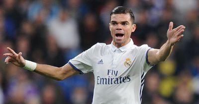 Wechselt Pepe nach China? Der Real-Star hat seine Entscheidung getroffen!