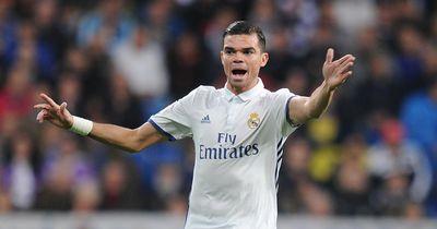 Pepe geht nach China - Und diese beiden sollen ihn bei Real ersetzen!