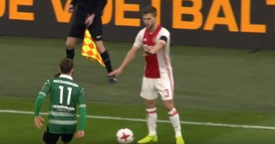 Ajax-Star Veltman mit der unsportlichsten Aktion des Jahres