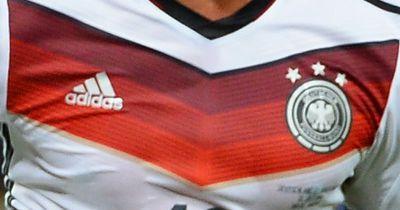 Deutscher Nationalspieler bestätigt Verhandlungen mit Juve