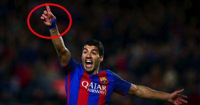 Suárez über seine eingehüllte, rechte Hand