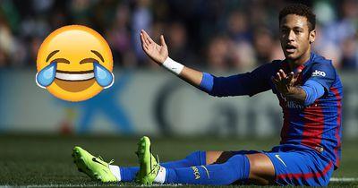 Schlechtester FIFA-Spieler aller Zeiten schießt besser als Neymar