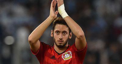 Leverkusen erteilt Calhanoglu eine Transfer-Freigabe
