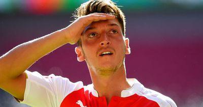 Özil spricht über seine Zukunft