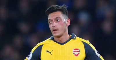 Özil stellt Forderung an Arsenal