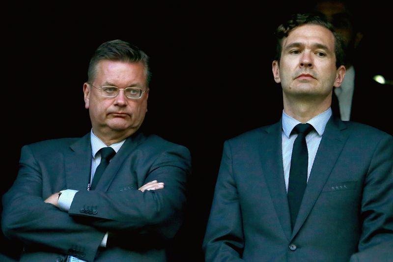Amateurvereine attackieren DFB und DFL
