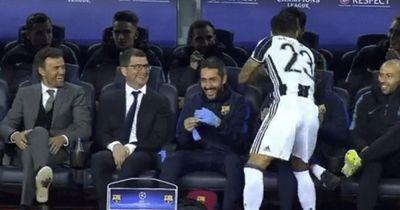 Das tat Dani Alves vor dem Spiel gegen Barca