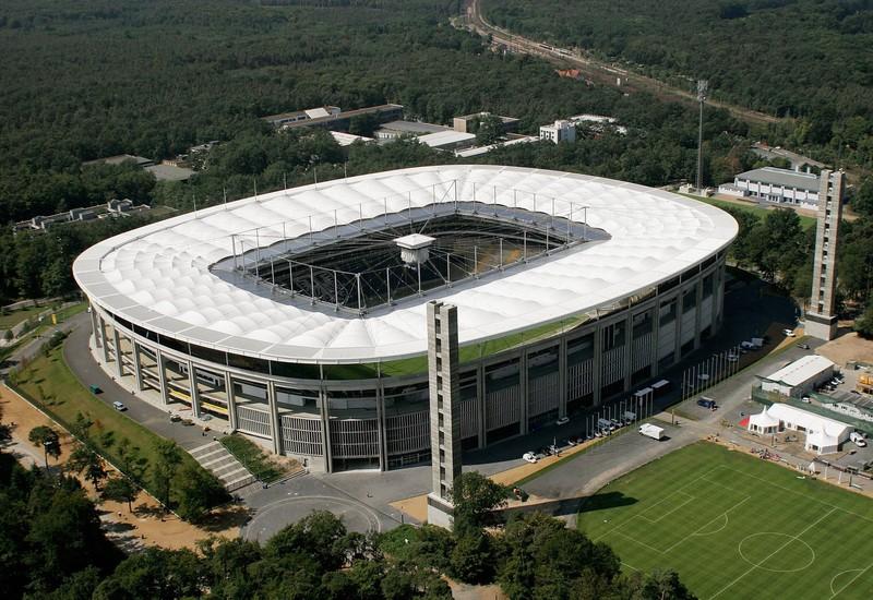 Das Foto eines Stadions, das seit Juli 2020 einen anderen Namen besitzt