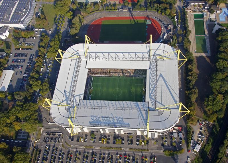 Es ist ein Stadion zu sehen, das zu den beliebtesten Stadien des deutschen Fußballs zählt