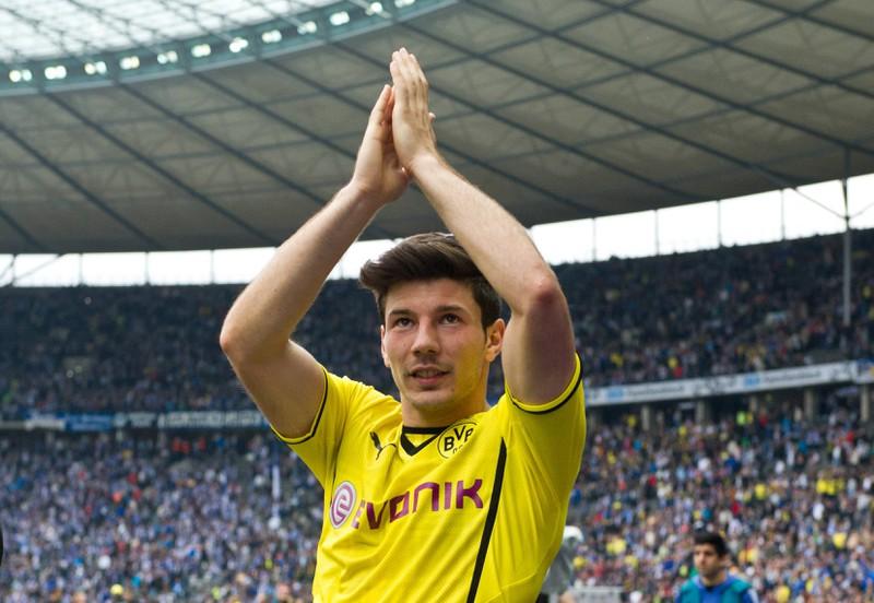 Der Ex-Spieler von Borussia Dortmund Milos Jojic hat es leider dort auch nicht weit gebracht