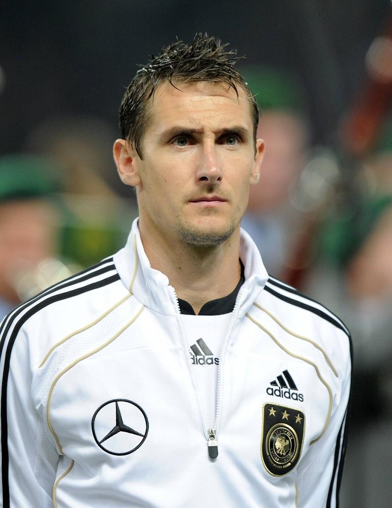 Miroslav Klose ist nicht nur Rekordtorschütze der deutschen Nationalmannschaft, sondern auch eine absolute Legende des deutschen Fußballs
