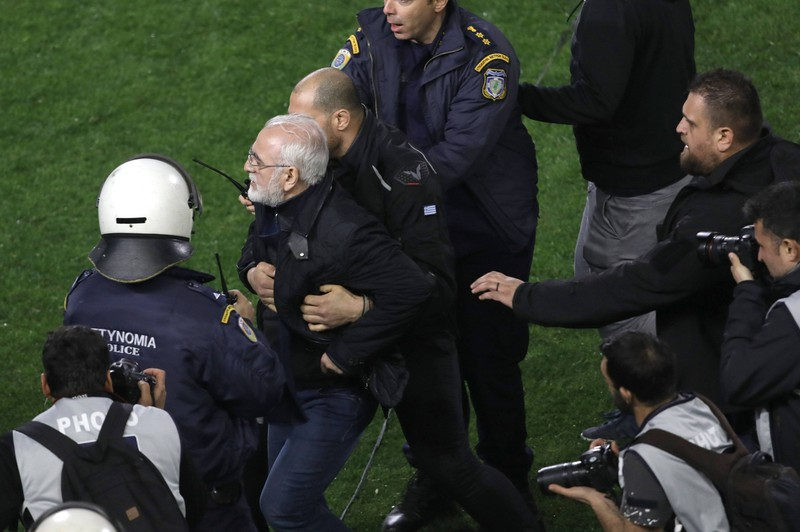 Im März 2018 trafen die beiden ErstligistenPaok Thessaloniki und AEK Athen in der griechischen Liga aufeinander.