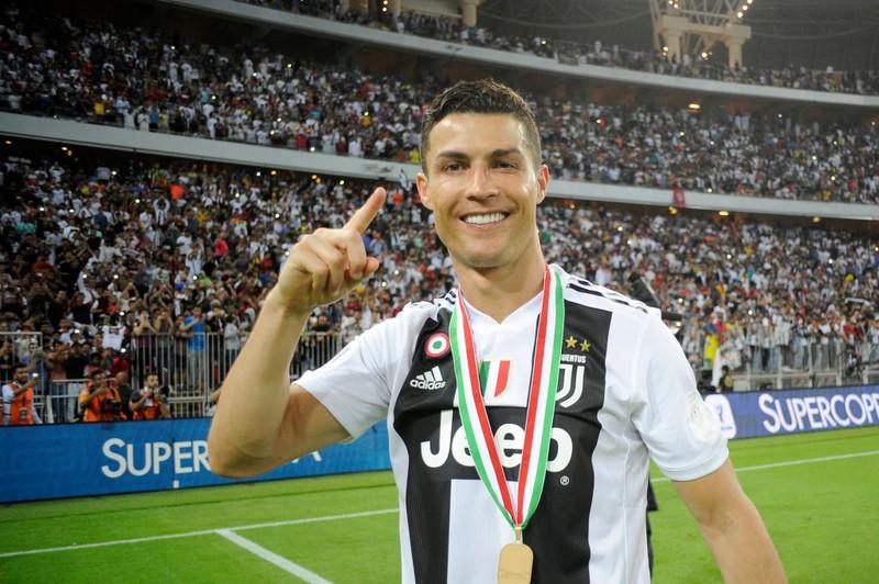 Hat Ronaldo sich jetzt den teuersten Neuwagen der Welt gekauft?