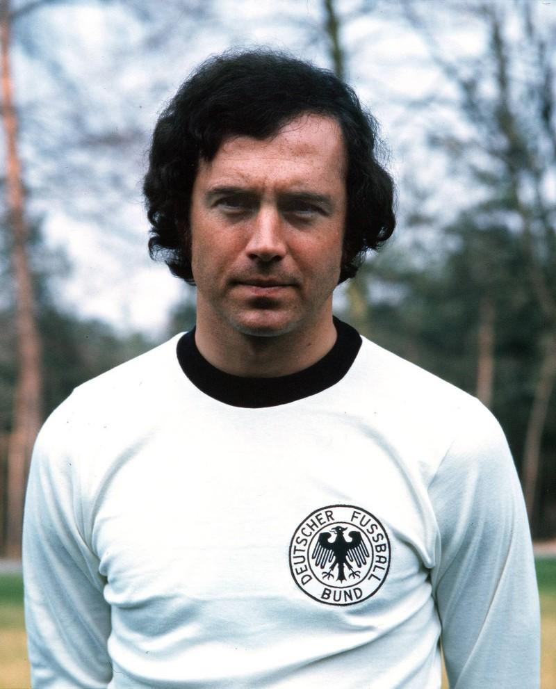 Dieses Bild zeigt die deutsche Fußball-Legende Franz Beckenbauer.