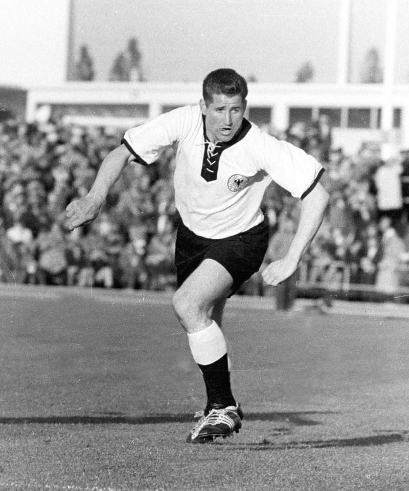 Helmut Rahn ist ein legendärer Spieler der Nationalmannschaft gewesen.