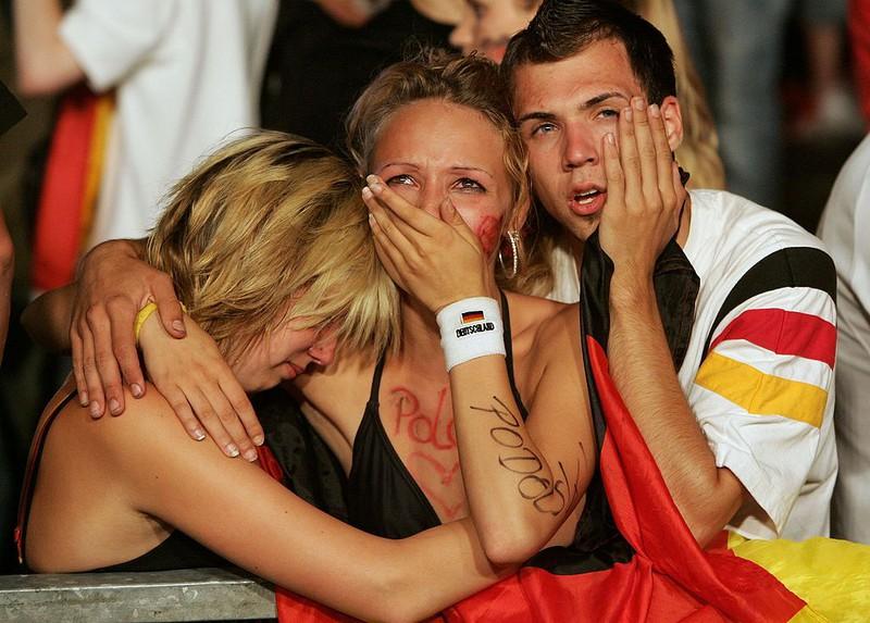 Enttäuschte Deutschland Fans bei der Fußball WM 2006