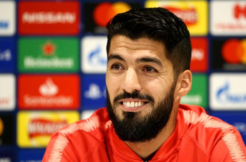 Fußball-Star Luis Suárez auf einer Pressekonferenz