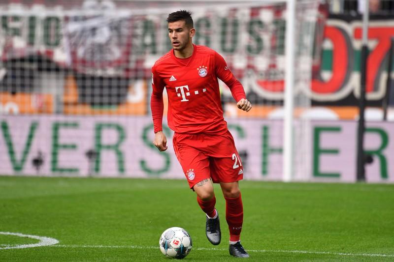 Man sieht Lucas Hernandez, der der teuerste Transfer der Bundesliga ist