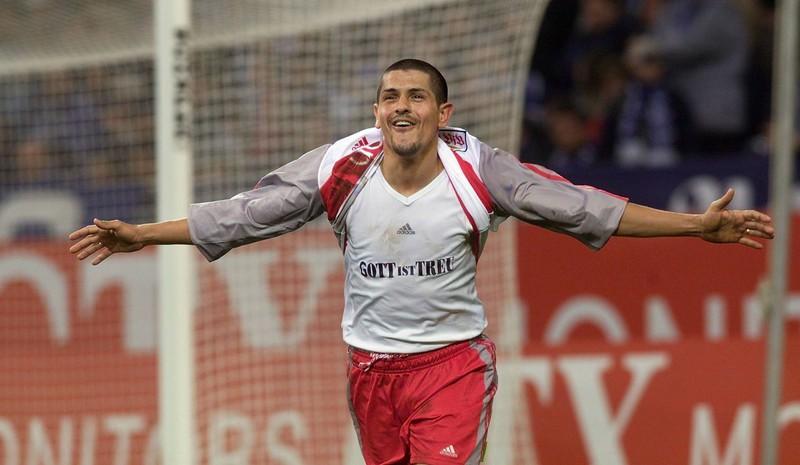 Adhemar erzielte bei seinem Bundesliga-Debüt einen Hattrick