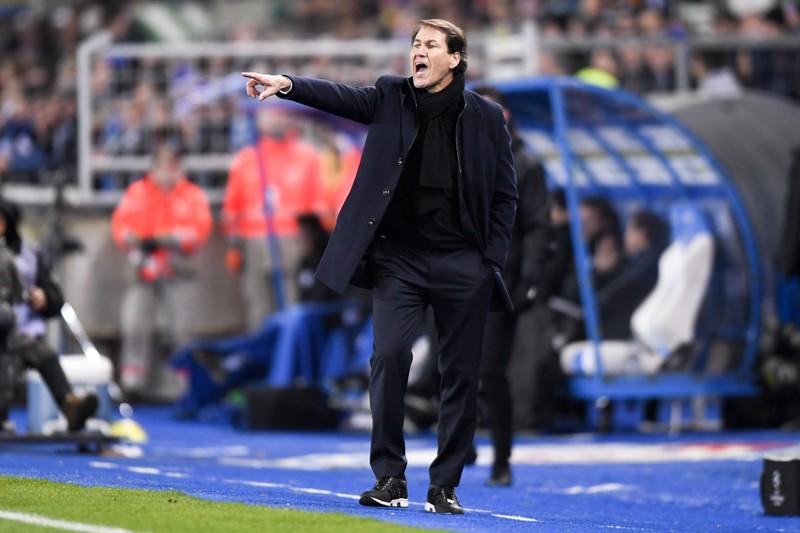 Der Fußballtrainer Rudi Garcia hat mit seinem Jahresgehalt auf jeden Fall ausgesorgt.