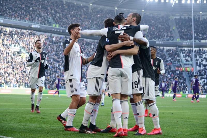 Das Foto zeigt Juventus Turin, die jährlich 460 Millionen Euro Umsatz machen
