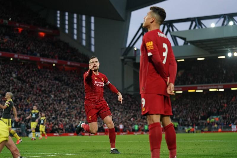 Man erkennt den FC Liverpool der einen Umsatz von 605 Millionen Euro aufweist