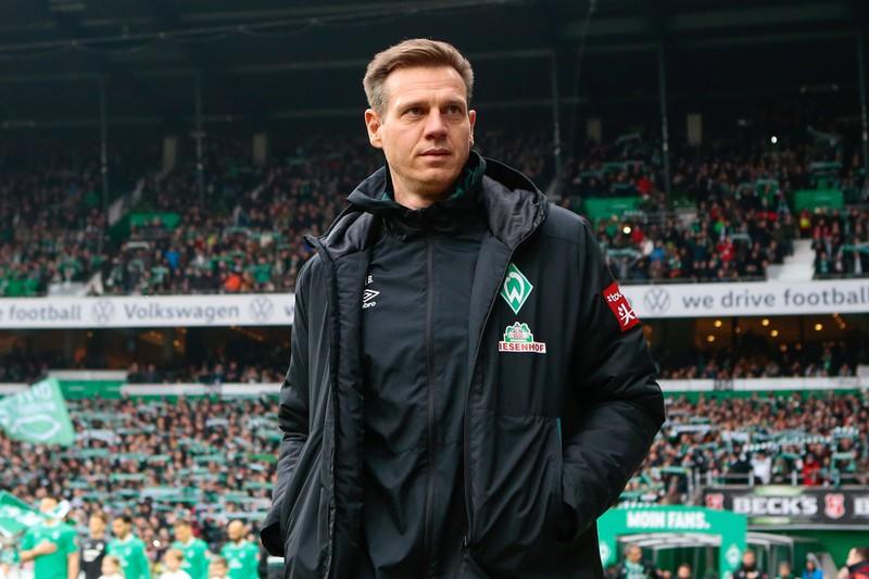 Tim Borowski auf dem Spielfeld als Co-Trainer bei Werder Bremen