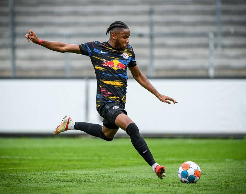 Der Mittelfeldspieler Nkunku spielte einst bei PSG. Jetzt steht er bei RB Leipzig unter Vertrag