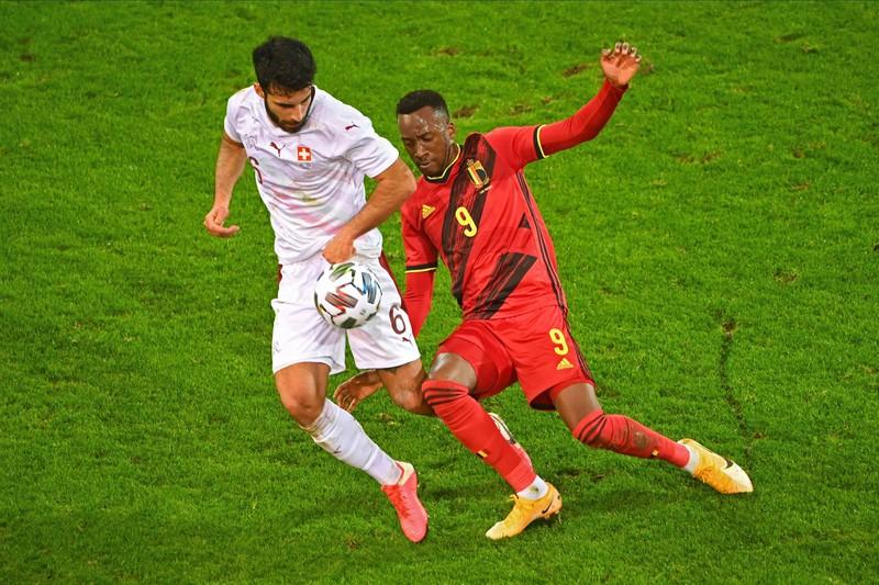 Dodi Lukébakio schafft es unter die Top 15 der schnellsten Fußballspieler der Bundesliga.
