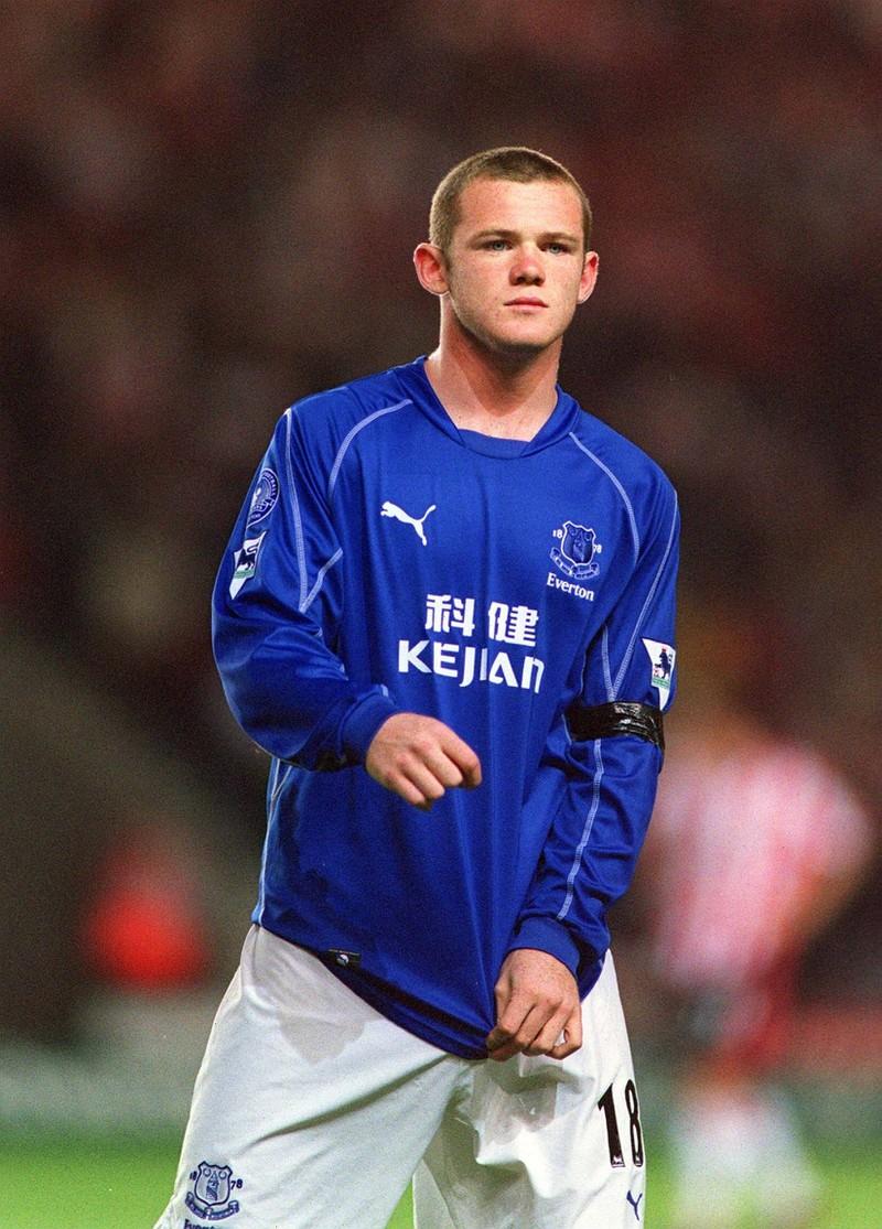 Fußball Profi Wayne Rooney spielte sich seinen Weg nach oben.