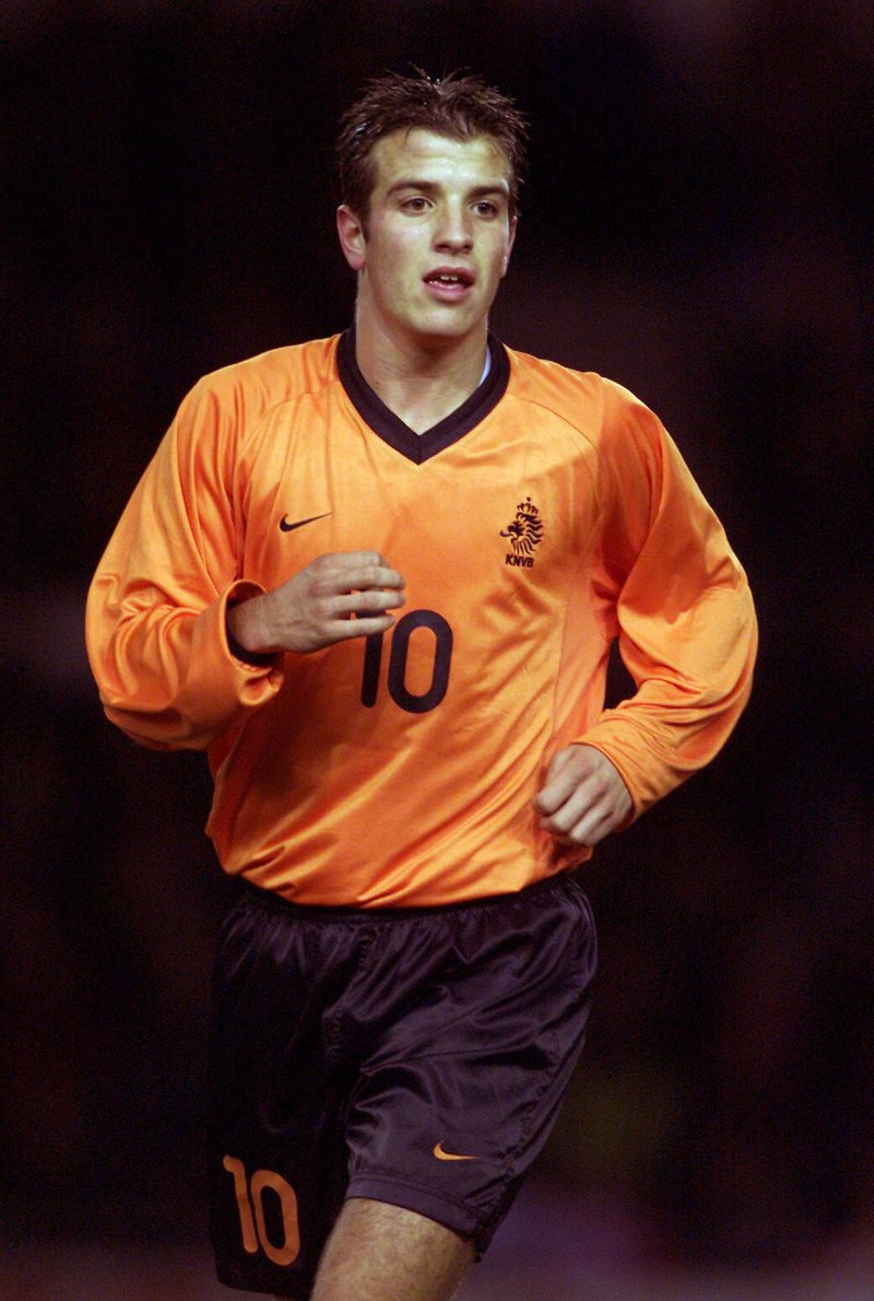 Rafael Van Der Vaart begann seine Karriere bei AJax Amsterdam.