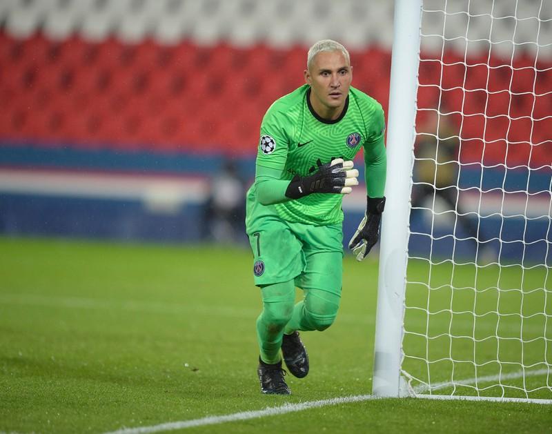 Keylor Navas  ist Torwart für den FC Paris Saint-Germain.