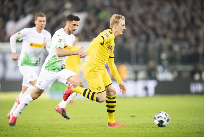 Bei Borussia Dortmund trägt Brandt die Rückennummer 19.