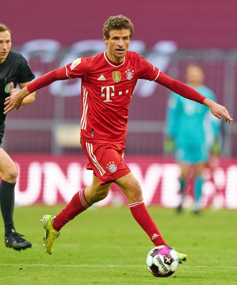 Welche Rückennummer hat Thomas Müller beim FC Bayern?