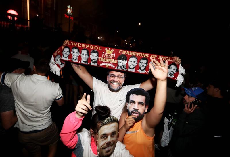 Jürgen Klopp führt den FC Liverpool zum Meistertitel und bringt die Fans zum Ausflippen.