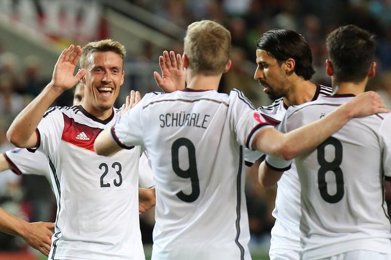 Ein Foto der deutschen Nationalmannschaft, nachdem sie 7:0 gegen Gibraltar gewannen